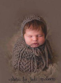 Ravelry: Arrowhead Baby Bonnet & Cocoon or Swaddle Sack Set