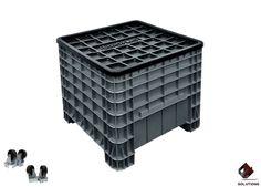 E4-3010 CONTENEDOR MEXICO CERRADO  Fabricado en Polietileno Alta Densidad, no toxico y con grado alimenticio. Tipo de empaque: Apilable. Forma de estiba: Apilables. Dimensiones: 80 cm. x 80 cm. x 80 cm. Capacidad de Carga Litros: 270 Lts. Capacidad de Carga Kilos: 300 Kg. Capacidad de estiba: 1250 Kg. Peso: 17.45 Kg. Colores: Naranja, Azul y Gris.