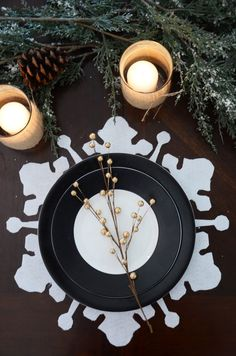 No-Sew Holiday Snowflake Placemat