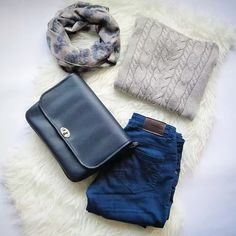Cozy outfit ⛄❄⛅ #miss_s_design #bluebag #handmade #bag #cozy #fashion #outfit #ootd #potd #style #trend #vscocam