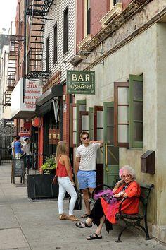 Bedford Avenue, Brooklyn