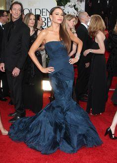Sophia Vergara in Vera Wang Dress - Golden Globe Awards 2012