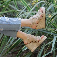 White Beige, Espadrilles, Wedges, Shoes, Fashion, Espadrilles Outfit, Moda, Zapatos, Shoes Outlet
