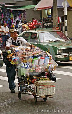 Vendedor ambulante, Colombia Foto editorial