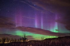 Interview: Gorgeous Landscapes Heightened by Auroras Illuminating the Night Sky - My Modern Met