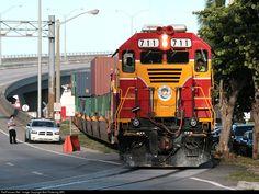 FEC Port Job comes off the bridge after working the Port of Miami. Florida East Coast, Miami Florida, Railroad Photography, Bonde, Favorite Pastime, Model Trains, Locomotive, Gears, Diesel