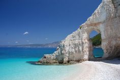 """Képtalálat a következőre: """"fteri beach kefalonia map"""" Vacation Destinations, Dream Vacations, Vacation Spots, Beautiful Islands, Beautiful Beaches, Places To Travel, Places To See, Sailing Holidays, Italy Holidays"""