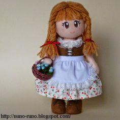 Boneca de Pano: Boneca de Feltro Simples - corpo com passo a passo...