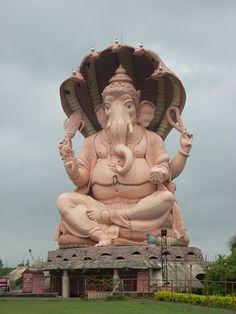 Ganesha elephant represents wisdom in India. Kolhapur hosts the worlds tallest Lord Ganesh idol feet) at Chinmaya Mission near top-Sambhapur. Sri Ganesh, Lord Ganesha, Ganesh Temple, Lord Krishna, Ganesh Idol, Ganesh Statue, Ganesha Pictures, Hindu Festivals, Rare Images
