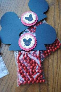 Mickey treat bags... could do this on Cricut and add bow for Minnie
