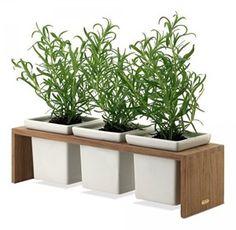 Plint 3 - Skagerak Plint 3 is designed by Bent Krebs Concrete Planters, Diy Planters, Planter Boxes, Wooden Plant Stands, Diy Plant Stand, Diy Flower Boxes, Flower Pots, Wood Waste, Potted Trees