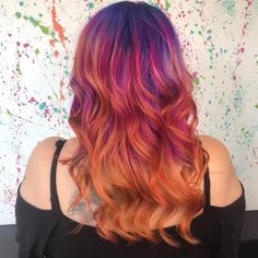 😍No filter ever needed for this beautiful creation by Nottingham stylist Lauren H.jade 😍 #blisslauren #sunsethair #sunset #colourcreate #wella #wellacolour #waves#waveyhair #blisshairdressing