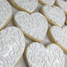 White scrollwork heart cookies Summer Cookies, Fancy Cookies, Valentine Cookies, Cut Out Cookies, Easter Cookies, Royal Icing Cookies, Birthday Cookies, Cupcake Cookies, Christmas Cookies