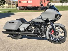 harley davidson road glide bagger with pipes Harley Bagger, Bagger Motorcycle, Harley Bikes, Harley Davidson Motorcycles, Motorcycle Garage, Custom Motorcycles, Motorcycle Paint, Harley Davidson Street Glide, Harley Davidson News