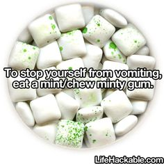 Life Hacks - chew mint or minty gum to prevent vomiting Simple Life Hacks, Useful Life Hacks, Lifehacks, Home Remedies, Natural Remedies, Health Remedies, Limpieza Natural, Along The Way, Good To Know