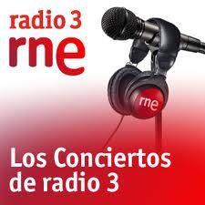 Loquillo visita 'Los conciertos de Radio 3' en un especial para presentar 'La nave de los locos'  El Loco nos visita en directo y responde a las preguntas de Julio Ruiz  Síguelo en la noche del jueves 3 Enero en Radio 3 y también en La2 de TVE  Coméntalo en Twitter con el hashtag #CR3Loquillo  Disfruta de Loquillo en Los conciertos de Radio 3 en la noche del jueves 3 al viernes 4 en La2 de TVE a la 1:00 y en nuestra emisora.