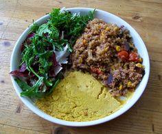 Schatz was koch ich heute? -  Veganes Stew mit Kichererbsenkuchen.  Laß es Dir schmecken!  #vegan #veganerezepte