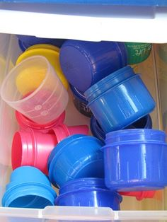 save the laundry caps for pouring and scooping; keeps kids busy. Can use at water table or texture table. Toddler Fun, Toddler Preschool, Toddler Activities, Preschool Ideas, Preschool Classroom, Classroom Activities, Home Daycare, Daycare Ideas, Sensory Table