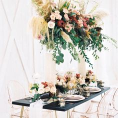 From installation trends to design themes, a few certain floral trends made their way into DFW weddings and styled shoots throughout Wedding Thank You Cards, Wedding Make Up, Wedding Gifts, Wedding Things, Wedding Vendors, Wedding Reception, Weddings, Ghost Chairs, Rose Photography
