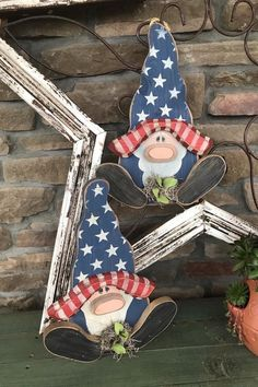 Critter Sitter Collection Americana Gnome Sitter/Hanger | Etsy Critter Sitters, Small Pigs, So Creative, Patriotic Decorations, Wood Patterns, Country Primitive, Fourth Of July, Gnomes, Cow