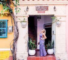 O verão 2017 da Apoá em Cartagena – Colômbia Olá girlss!! Quem me segue no Instagram (@decoresaltoalto), deve ter acompanhado um pouquinho da minha viagem a Cartagena na Colômbia para fotografar o verão de algumas marcas, dentre elas a Apoá, marca mineira que sempre aparece aqui no blog e que há tempos venho acompanhando e fotografando cada lançamento! Desta vez... #apoá #blogdemoda #cartagena