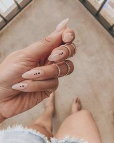 Graphic nudes are my i… Wedding Beauty Nails Fresh summer set. Graphic nudes are my ish. Cute Acrylic Nails, Cute Nails, Pretty Nails, Fancy Nails, Acrylic On Natural Nails, Colored Acrylic Nails, Shellac Nail Art, Acrylic Nail Designs, Nail Manicure