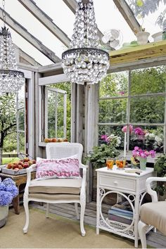 Once a Neglected Potting Shed, Now a Glamorous Escape Chairs painted white and re-covered in natural Glass Shelves In Bathroom, Floating Glass Shelves, Bathroom Storage, Shabby Chic Greenhouse, Diy Greenhouse, Shabby Chic Garden Decor, She Shed Decorating Ideas, Egg Decorating, Garden Shed Interiors