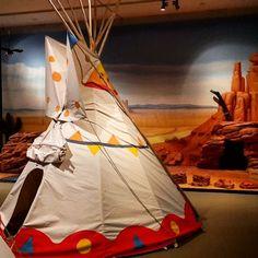 """Seit Samstag ist die Familienausstellung """"Cowboy & Indianer. Made in Germany"""" im @badischeslandesmuseum zu erleben! Drei große Tipi-Zelte ein Kletterfelsen ein Cowboysaloon und viele weitere spannende Sachen warten darauf von euch ausprobiert zu werden!  #visitkarlsruhe #karlsruhe #visitbawu #bwjetzt #placetobw #museum #tipi #zelt #tent #cowboys #indianer #Ausstellung #wildwest #travel #family #explore #joingermantradition #life #love #amazing #instalike #picture #bestoftheday #wednesday"""