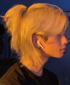 Korean Boys Hot, Asian Boys, Boys Long Hairstyles, Cute Hairstyles, Boy And Girl Best Friends, Boy Or Girl, Blonde Asian, Blackpink Photos, Hair Inspo