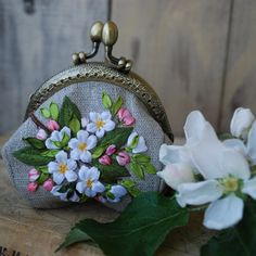 Embroidery Purse, Silk Ribbon Embroidery, Flower Embroidery, Purse Wallet, Coin Purse, Fasion, Etsy Seller, Apple, Couture