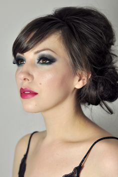 I need to browse through this blog to see if there are any looks I want to try.  There are a lot of makeup ideas!