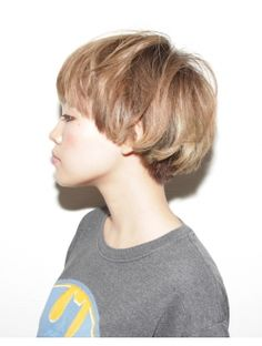 Pintgrams - Just another WordPress site Cute Short Haircuts, Short Hairstyles For Women, Cool Hairstyles, Girl Short Hair, Short Hair Cuts, Short Hair Styles, Cut My Hair, New Hair, Bowl Cut Hair