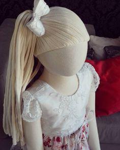 """16 curtidas, 1 comentários - O ateliê (@oatelie) no Instagram: """"Para uma #princesinha curtir as festas de fim de ano! 👑 Vestido disponível tam. 4 anos 😊🎀💕 #oatelie…"""""""