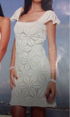 Olá bom domingo à todas, vim mostrar para vocês esse cropped que fiz baseando-me pelo vestido abaixo.                                     ...