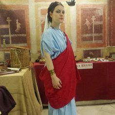 My ancient roman tunic and palla worn during an event :)