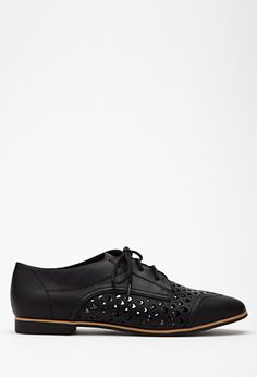 KNOCKED-OFF by FOREVER 21 : Faux Leather Chevron-Cutout Oxfords