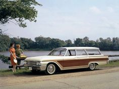 1961 Ford Country Squire Wagon