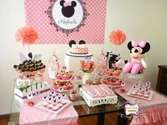Minnie table