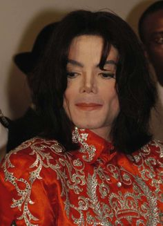 Michael Jackson: A Life in Pictures Michael Jackson Invincible, Photos Of Michael Jackson, Michael Jackson Wallpaper, Michael Jackson Bad Era, Paris Jackson, Jackson 5, Beautiful Mind, Perfect Man, Take That