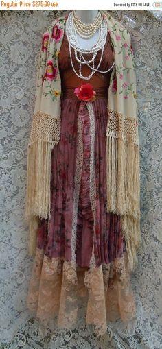 Cyber week sale Floral boho dress tea stained par vintageopulence