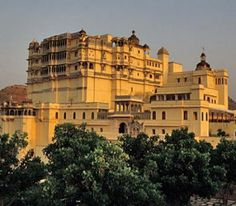 Hotel devi garh fort palace near udaipur rajasthan is an all suite heritage hotel with luxurious amenities of the century. Top Hotels, Hotels And Resorts, Heritage Hotel, India Tour, Palace Hotel, Udaipur, Beautiful Hotels, Incredible India, Weekend Getaways
