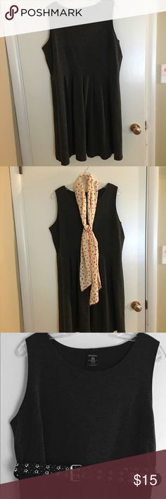 Versital Dress!  Can be worn many different ways. This dress can be worn fall through spring in many different ways.  I loved wearing it with tights, boots and a sweater, but can also be worn with a long sleeve shirt underneath it. Dresses Midi