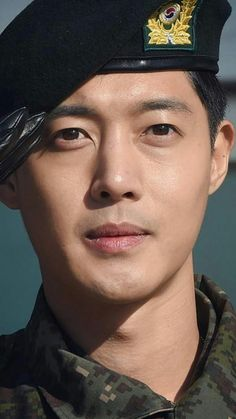 Kim Hyun Joong 김현중 ❤ 다시 환영, 소중한 천사님 ☆ This is definitely one of the best days EVER~~~!!!  KHJ is BACK!!!  I love you, thanks and praise to God for your safe return. (^^) I'm so happy!!!  정말 행복해요!!!#WelcomeBackKimHyunJoong #김현중_전역 #WelcomeBackKHJ ...I can't even right now...
