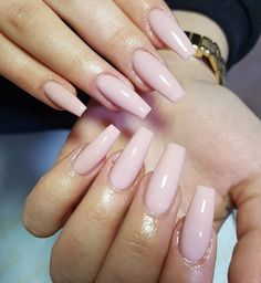 Make an original manicure for Valentine's Day - My Nails Light Pink Acrylic Nails, Light Nails, Pink Nail Art, Square Acrylic Nails, Glam Nails, Beauty Nails, Cute Nails, Pretty Nails, Light Pink Nail Designs