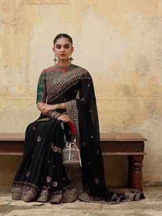 The Magnificently Amazing New Winter 2019 Collection By Sabyasachi Is A Dream For Beholders Sabyasachi Collection, Bridal Lehenga Collection, Sabyasachi Lehenga Bridal, Bridal Sari, Indian Fashion Designers, Indian Bridal Outfits, Stylish Sarees, Elegant Saree, Bollywood Fashion