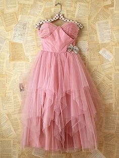 Vintage Pink Tulle Dress. http://www.freepeople.com/vintage-loves-pretty-in-pink/vintage-pink-tulle-dress-26900548/