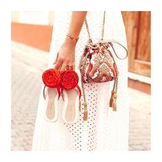 Boucher Bucket Bag🔝 @pompa_rosa • www.pomparosa.com • +(57)3007731495 • . . . . . .  #pomparosa  #fashion #style #cute #photooftheday… Bucket Bag, Crochet Earrings, Cute, Bags, Jewelry, Style, Fashion, Totes, Arosa