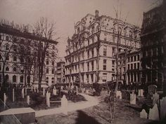 The Equitable Life Building was built in 1870 in lower Manhattan. In 1912 it was destroyed by a fire. New York City Buildings, New York Architecture, Victorian Architecture, Lake George Village, City College, New York Photos, Vintage New York, Lower Manhattan, Ideas