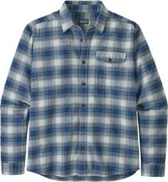 Soft to the touch effortless to wear the Patagonia Lightweight Fjord Flannel Shirt is a durable garment-washed organic cotton flannel in a traditional long-sleeve button-front design. Plaid Shirt Outfits, Mens Flannel Shirt, Country Girl Dresses, Country Outfits, Casual Shirts For Men, Men Casual, Cowgirl Clothing, Cowgirl Fashion