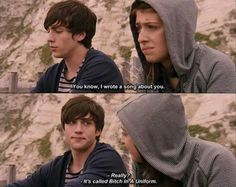 Angus, Thongs, and Perfect Snogging!